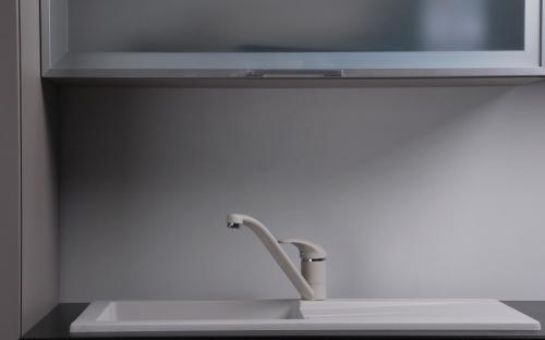 Гранитная мойка для кухни Fancy Marble Tennessee 780x435x170 (Белый)